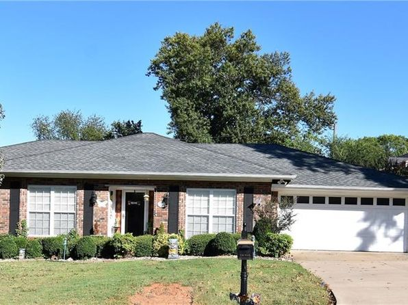 3 bed 2 bath Single Family at 2307 Wedgewood Blvd Fort Smith, AR, 72903 is for sale at 200k - 1 of 23