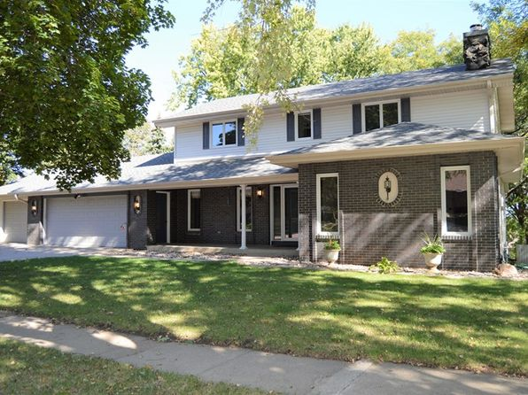 4 bed 4 bath Single Family at 906 Karen Dr Yankton, SD, 57078 is for sale at 290k - 1 of 26
