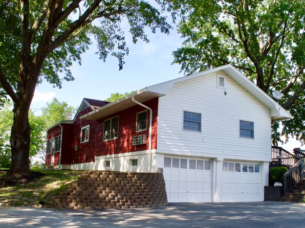 3 bed 1 bath Single Family at 1375 E Dallas Dr Terre Haute, IN, 47802 is for sale at 97k - 1 of 9