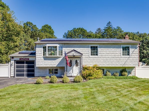ronkonkoma singles 213 single family homes for sale in ronkonkoma ny view pictures of homes, review sales history, and use our detailed filters to find the perfect place.