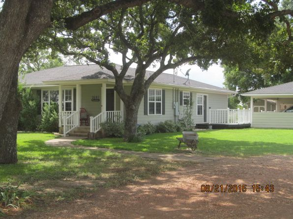 3 bed 2 bath Single Family at 1601 Fm 448 Giddings, TX, 78942 is for sale at 275k - 1 of 19