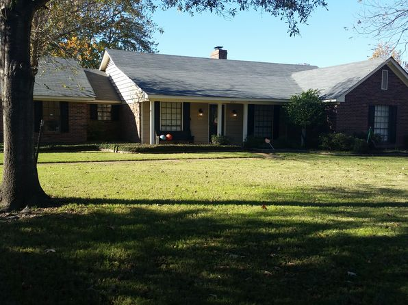 4 bed 2 bath Single Family at 1947 Audubon Pl Greenville, MS, 38701 is for sale at 193k - 1 of 35