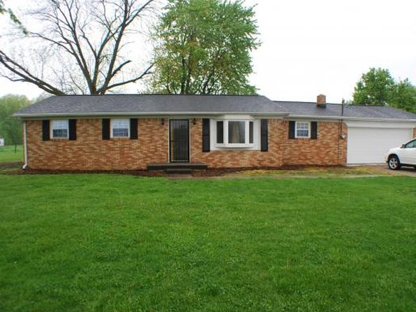 3 bed 2 bath Single Family at 87 Illinois Highway 1 Marshall, IL, 62441 is for sale at 107k - 1 of 30