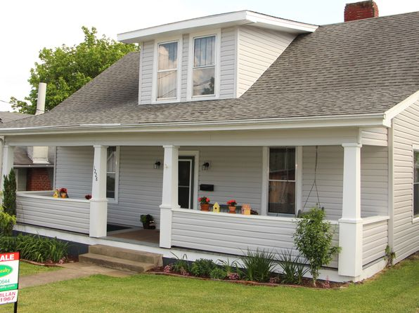 3 bed 2 bath Single Family at 1228 Anderson St Bristol, TN, 37620 is for sale at 109k - 1 of 45