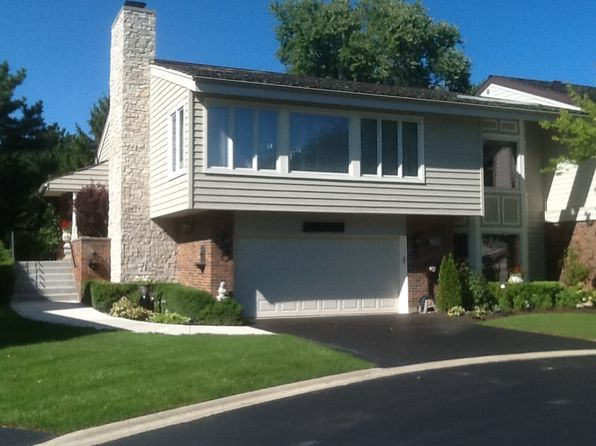 3 bed 3 bath Townhouse at 176 Briarwood Loop Oak Brook, IL, 60523 is for sale at 850k - 1 of 52