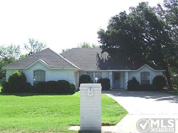 3 bed 2 bath Single Family at 5714 Hondo Dr Granbury, TX, 76049 is for sale at 165k - 1 of 33