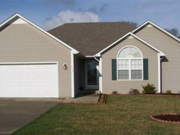 3 bed 2 bath Single Family at 750 Red Clover Ave Bowling Green, KY, 42101 is for sale at 117k - 1 of 8