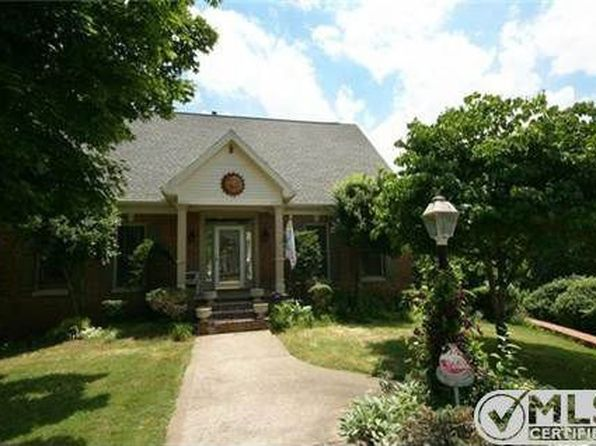 5 bed 4 bath Single Family at 606 Saratoga Dr Murfreesboro, TN, 37130 is for sale at 420k - 1 of 44