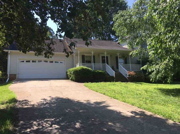 3 bed 3 bath Single Family at 304 Mountain View Ct Greenville, SC, 29611 is for sale at 145k - 1 of 24