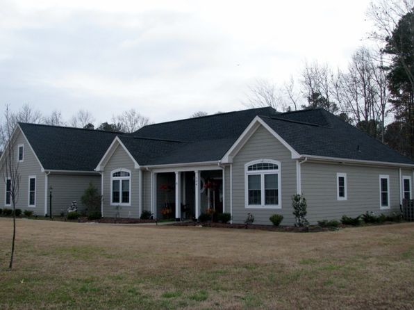 3 bed 3 bath Single Family at 104 New River Dr Hertford, NC, 27944 is for sale at 250k - 1 of 2