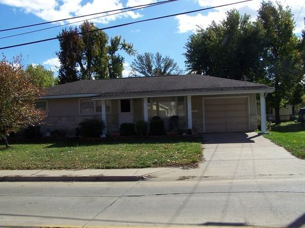 3 bed 0.75 bath Single Family at 1007 W Boulevard St Marion, IL, 62959 is for sale at 69k - 1 of 11