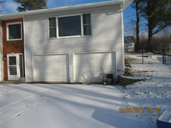 3 bed 2 bath Single Family at 1105 Jefferson St Merrill, WI, 54452 is for sale at 159k - 1 of 30