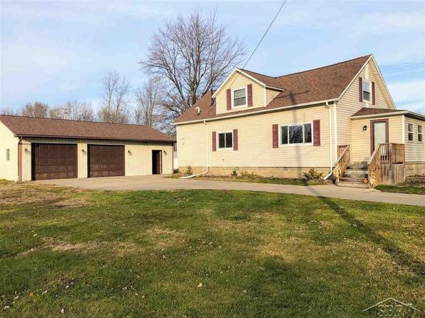 3 bed 1 bath Single Family at 123 E SPRUCE ST SAINT CHARLES, MI, 48655 is for sale at 80k - 1 of 16