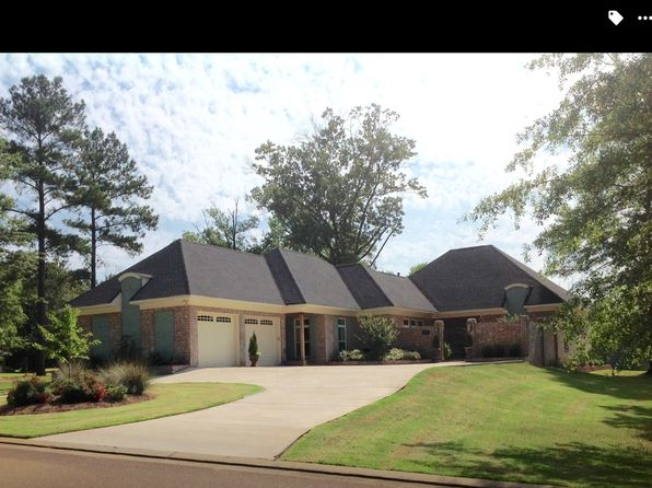 3 bed 3 bath Single Family at 100 FAIRWAY LN KOSCIUSKO, MS, 39090 is for sale at 270k - 1 of 20