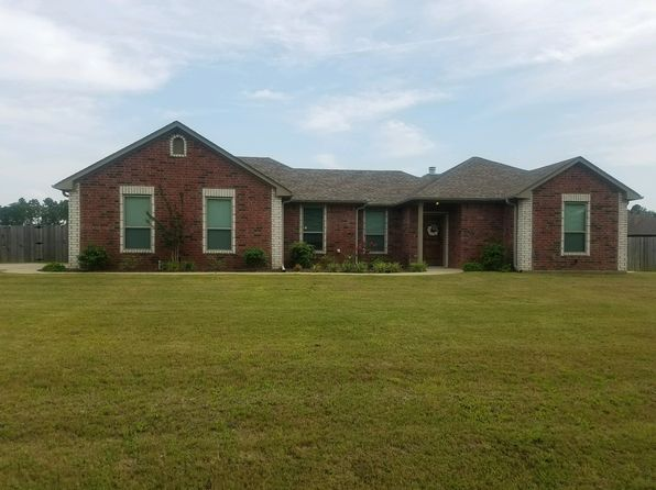 3 bed 2 bath Single Family at 482 Karabeth Ln Hallsville, TX, 75650 is for sale at 200k - 1 of 16