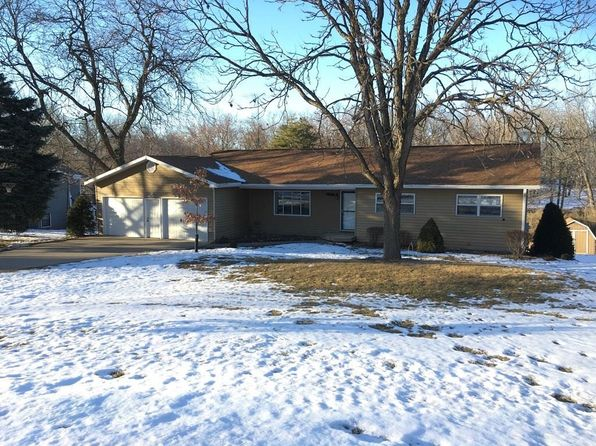 4 bed 2 bath Single Family at 1000 SUNSET AVE PELLA, IA, 50219 is for sale at 220k - 1 of 19