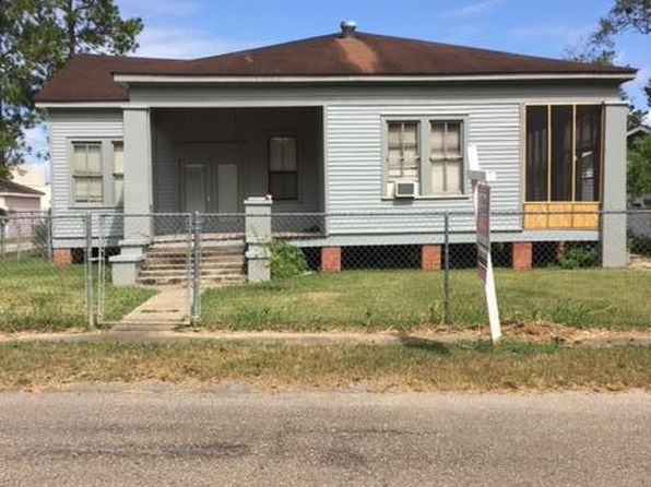 4 bed 2 bath Single Family at 1314 Church St Jeanerette, LA, 70544 is for sale at 75k - 1 of 7