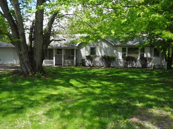 2 bed 1 bath Single Family at 53776 Indian Lake Rd Dowagiac, MI, 49047 is for sale at 86k - 1 of 14