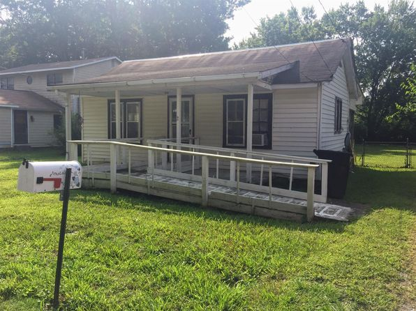 1 bed 1 bath Single Family at 1206 E Lauderdale St Tullahoma, TN, 37388 is for sale at 30k - 1 of 12