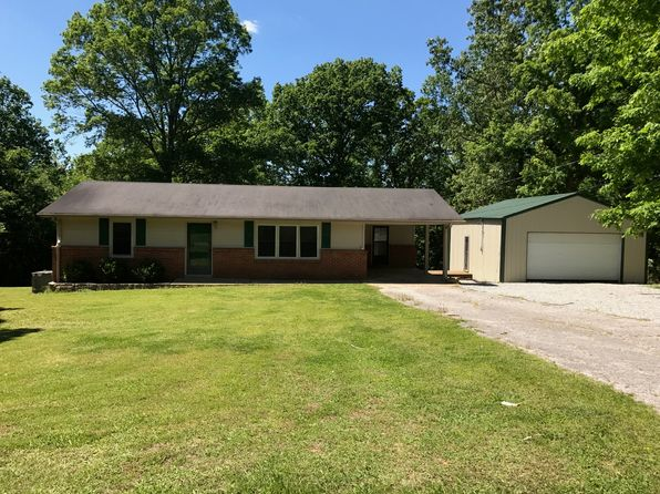 3 bed 1 bath Single Family at 176 Pine St Parsons, TN, 38363 is for sale at 139k - 1 of 19