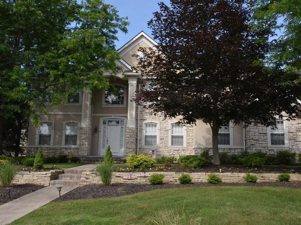 4 bed 5 bath Single Family at 7915 Windridge Dr Broadview Heights, OH, 44147 is for sale at 469k - 1 of 34