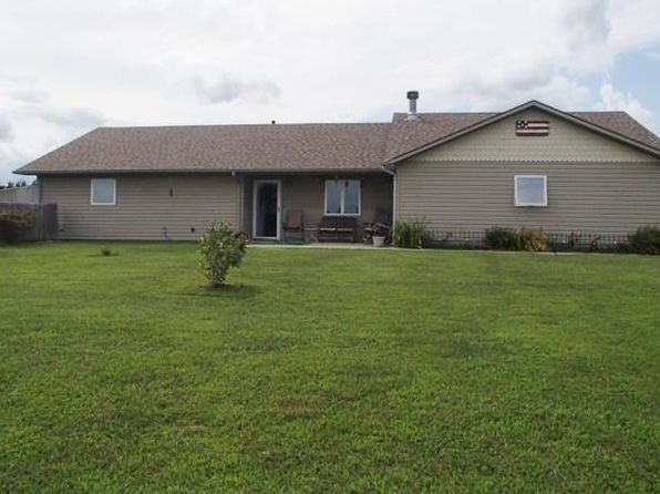 3 bed 2 bath Single Family at 1940 California Rd Pomona, KS, 66076 is for sale at 270k - 1 of 24