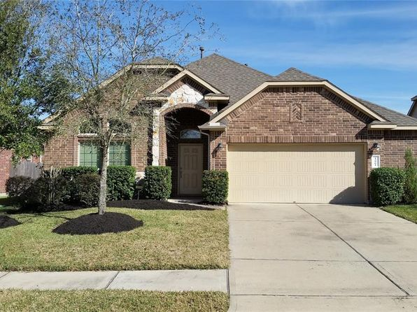 3 bed 2 bath Single Family at 12901 SHADY SPRINGS DR PEARLAND, TX, 77584 is for sale at 235k - 1 of 24