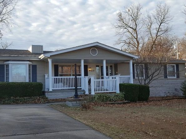 3 bed 2 bath Single Family at 610 Park Ln Joplin, MO, 64804 is for sale at 100k - 1 of 9