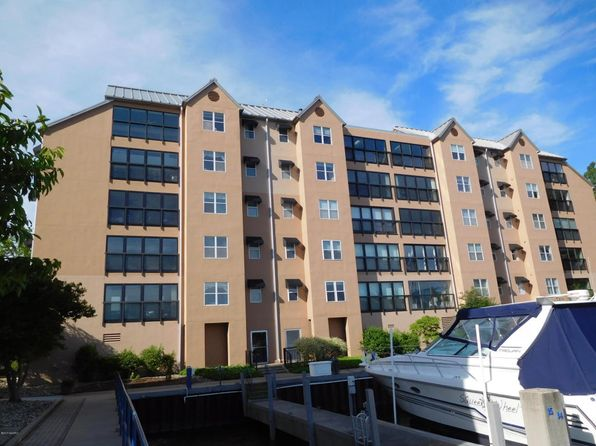 2 bed 3 bath Condo at 240 Water St Saint Joseph, MI, 49085 is for sale at 349k - 1 of 55