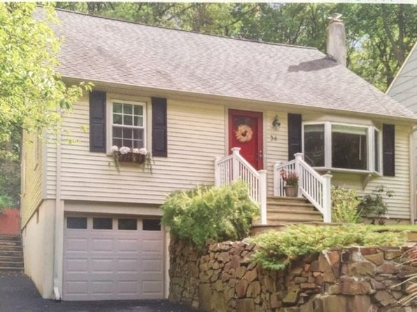 4 bed 2 bath Single Family at 34 E Lake Blvd Morristown, NJ, 07960 is for sale at 459k - 1 of 6