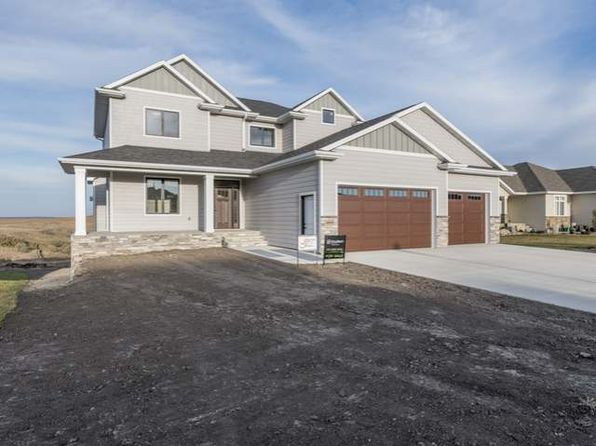 5 bed 4 bath Single Family at 4000 High Creek Rd Bismarck, ND, 58503 is for sale at 650k - 1 of 29