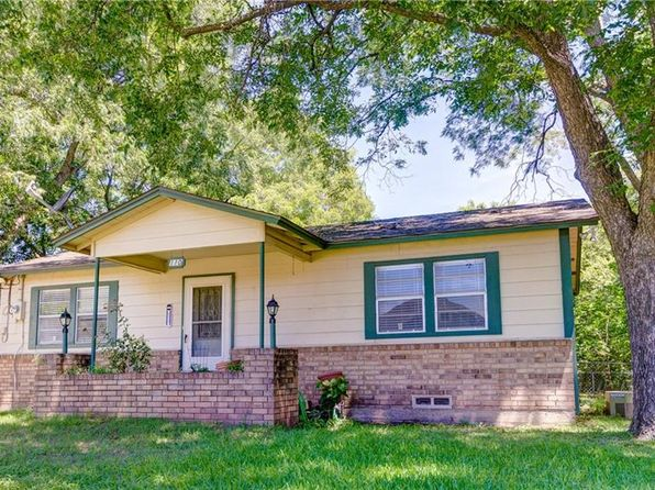 2 bed 1 bath Single Family at 110 Key St Pilot Point, TX, 76258 is for sale at 98k - 1 of 6