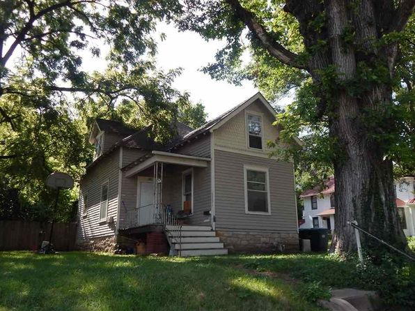 4 bed 2 bath Single Family at 437 Maine St Lawrence, KS, 66044 is for sale at 118k - 1 of 10