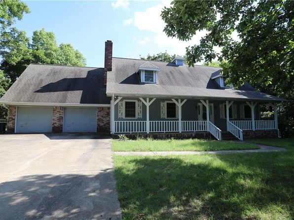 4 bed 3 bath Single Family at 131 MCKEAN AVE WEST FORK, AR, 72774 is for sale at 279k - 1 of 27