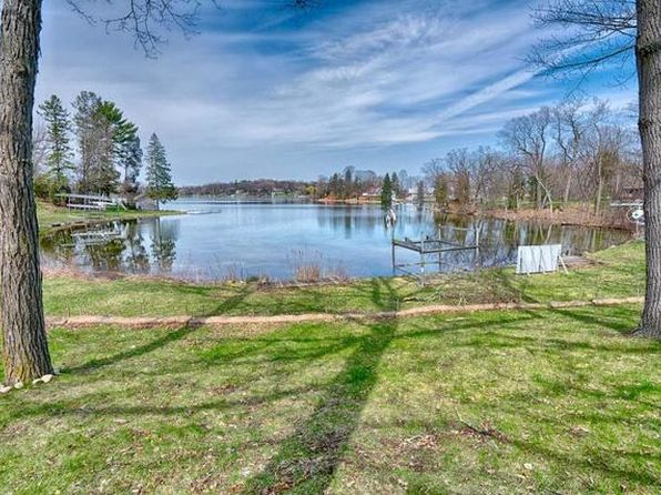 null bed null bath Vacant Land at W1659 S Shore Dr East Troy, WI, 53120 is for sale at 599k - 1 of 4