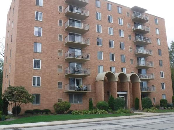 2 bed 2 bath Condo at 50 S Rocky River Dr Berea, OH, 44017 is for sale at 77k - 1 of 16
