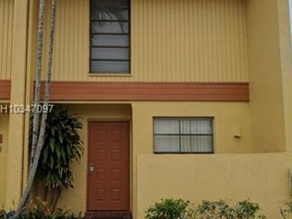 2 bed 3 bath Townhouse at 9370 Taft St Pembroke Pines, FL, 33024 is for sale at 180k - 1 of 2