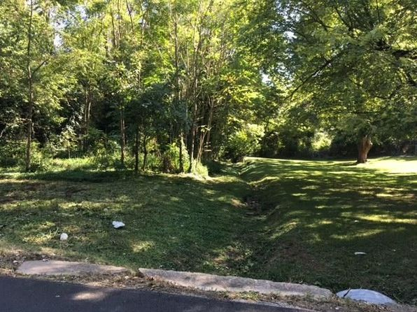 null bed null bath Vacant Land at 1204 W Kerr St Springfield, MO, 65803 is for sale at 25k - 1 of 2