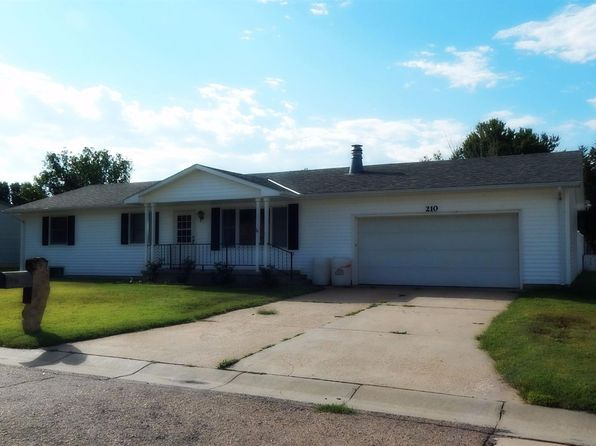 3 bed 3 bath Single Family at 210 E 21st St Larned, KS, 67550 is for sale at 90k - 1 of 11