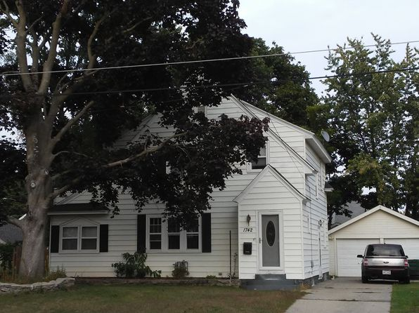 3 bed 2 bath Single Family at 1742 Belden Ave SW Wyoming, MI, 49509 is for sale at 125k - 1 of 44