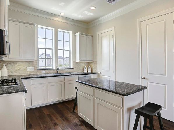 3 bed 3.5 bath Townhouse at 9637 Riddlewood Ln Houston, TX, 77025 is for sale at 335k - 1 of 8