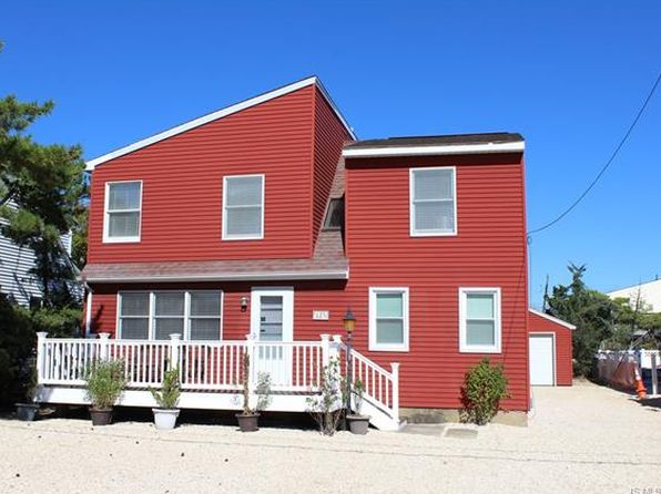 4 bed 2 bath Single Family at 339 N 6th St Surf City, NJ, 08008 is for sale at 549k - 1 of 26