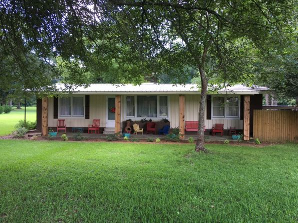 3 bed 2 bath Single Family at 1019 Tennessee St McComb, MS, 39648 is for sale at 105k - 1 of 34
