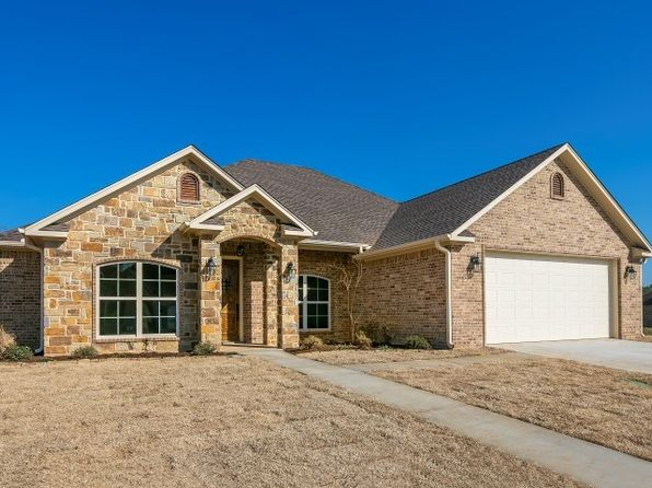 4 bed 3 bath Single Family at 203 Lafoy Ln Hallsville, TX, 75650 is for sale at 300k - 1 of 25