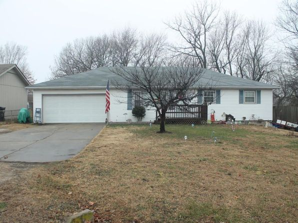 3 bed 2 bath Single Family at 2827 N Kellett Ave Springfield, MO, 65803 is for sale at 95k - 1 of 19