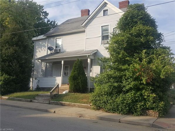 4 bed 4 bath Multi Family at 1701 Covert St Parkersburg, WV, 26101 is for sale at 66k - google static map