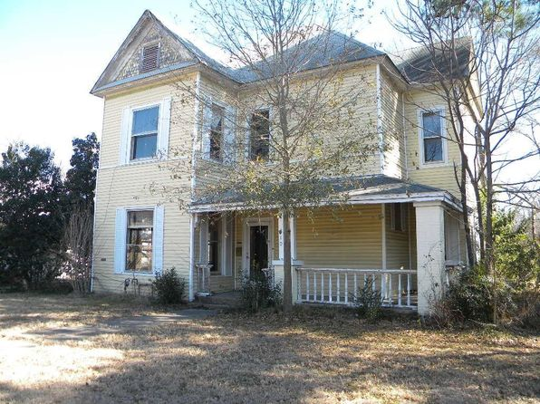 4 bed 3 bath Single Family at 910 N Rockwall Ave Terrell, TX, 75160 is for sale at 90k - 1 of 2