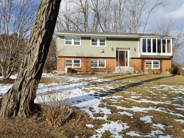 5 bed 2 bath Single Family at 3149 E Old State Rd Schenectady, NY, 12303 is for sale at 240k - 1 of 16