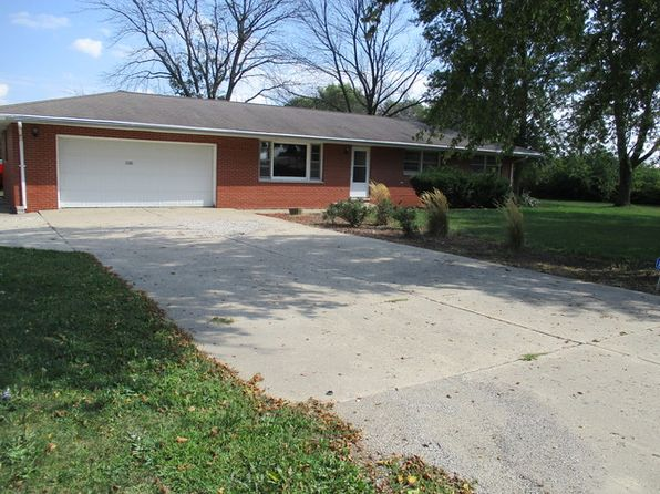 3 bed 2 bath Single Family at 3310 N Cunningham Ave Urbana, IL, 61802 is for sale at 170k - 1 of 21