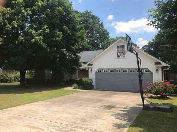 3 bed 2 bath Single Family at 400 Lee Ln Beebe, AR, 72012 is for sale at 168k - 1 of 12